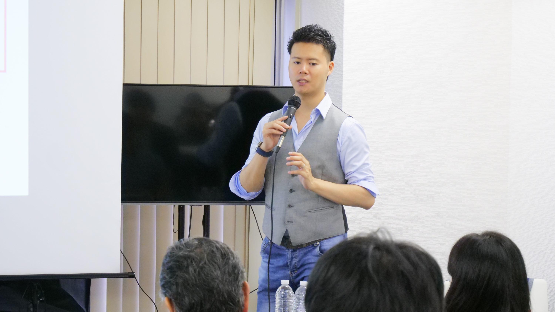 中国輸入OEM・ODMに特化したスクールのWEB説明会を木曜日22時開催(WEB説明会先行予約のご案内)